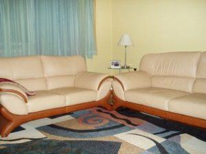 Перетяжка кожаной мебели в Москве