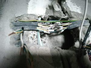 Перебил проводку в стене - как соединить