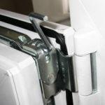 Как отрегулировать пластиковое окно