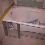 Как установить экран под ванну своими руками
